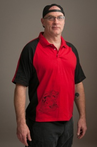 Black hannya on red polo xl