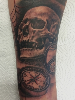 Skull and compass
